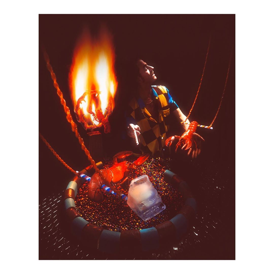 Best employees and friends since 20y.Looking forward for the next 20y.....#circus #lobster #arena #since #20years #director #trainer #sweet #seafood #food #foodphotography #set #setdesign #photography #fun #fire #jump #trapeze