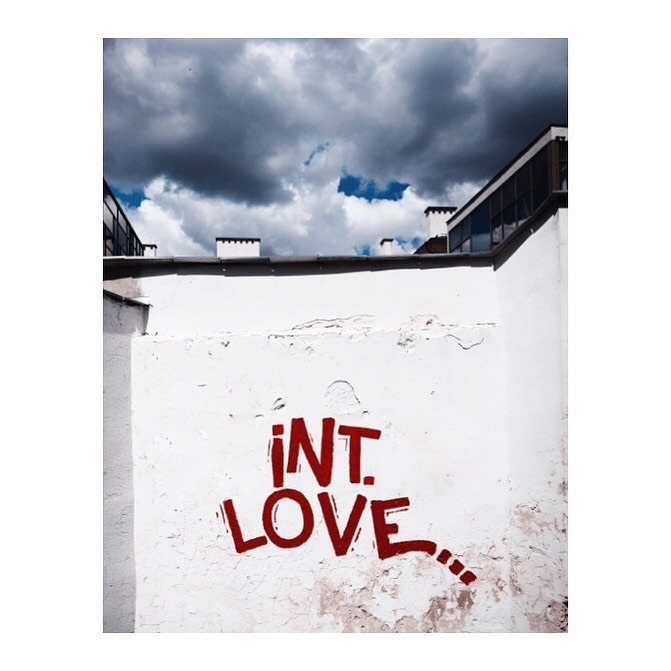 Spread the word!Love is international, no doubt! ...#valentinstag #international #noboundaries #valentinesday2020 #valtentinesday #wall #mural #graffiti #words #love #international #photography #travel #sky #instagood #picoftheday #red #white #lovelovelove️