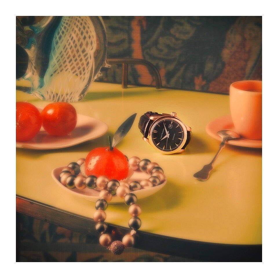 Cropping in @carlfbucherer ..... Cropping in @omega ... #archive #croptop #styling @marcellnaubert_styling #watch #jewlery #stilllife #stilllifephotography #largeformat #food #foodphotography #set #setdesign #editorial #editorialphotography #luxury